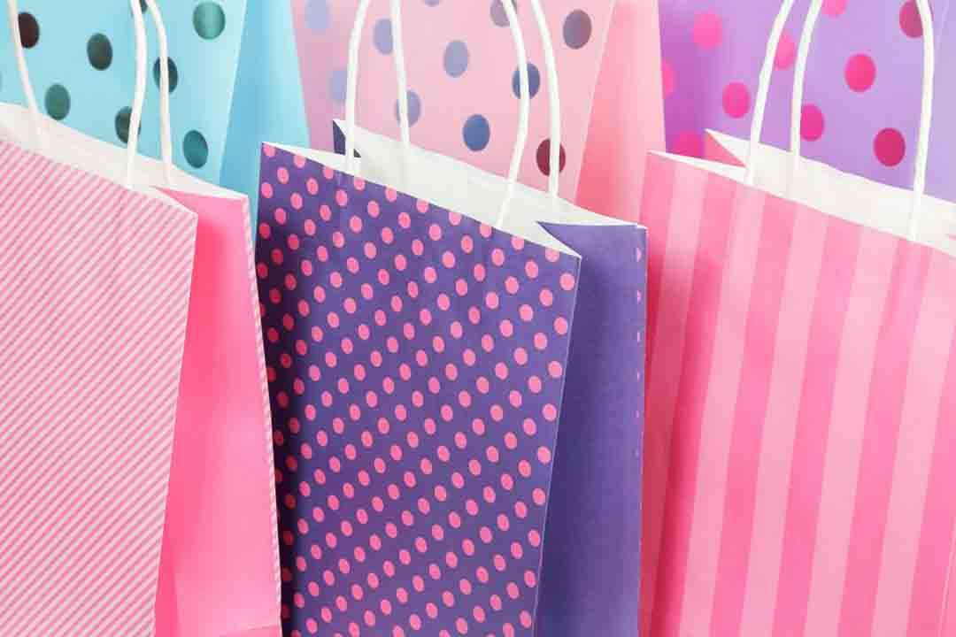 gift-bag-aesthetic-business-marketing-tips