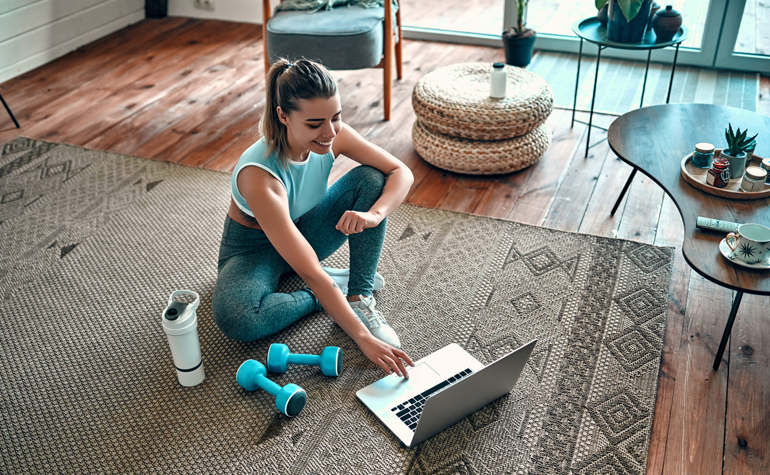 woman doing home workout